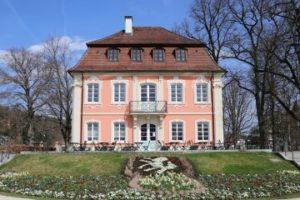 Hier finden Sie eine Liste mit Maklern in Schwäbisch Gmünd, falls Sie eine Immobilie verkaufen, kaufen oder vermieten möchten.